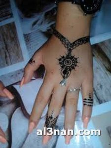 -احدث-نقشات-حناء-بسيطه-للعروس_00059-225x300 صور احدث نقشات حناء بيسطة للعروس