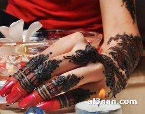 -احلا-رسم-حنه-على-اليد-للعروس_00076-300x235 صور احلا رسم حنة على اليد للعروس